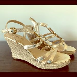 Kelly & Katie gold strappy wedge sandals